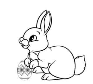заяц с пасхальным яйцом