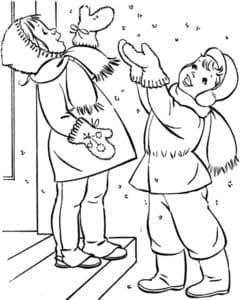 дети под снегом