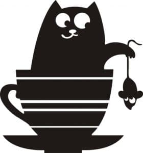 кот в чашке с мышкой