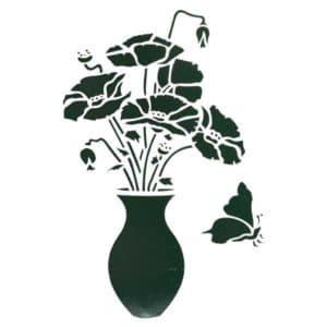 ваза с цветами и бабочка