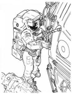 космонавт чинит скафандр