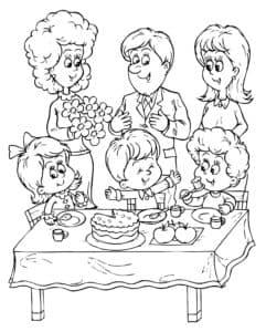 дети и праздничный стол