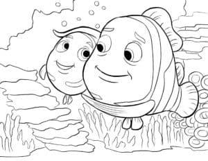 Две большие рыбки