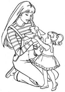 Дочка дарит маме зайчика