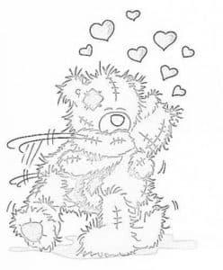 мишка Тедди обнимается
