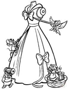 Животные украшают платье
