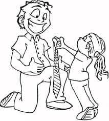 Дочка дарит галстук папе