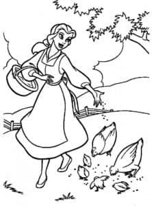 Принцесса Белль кормит кур