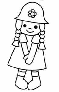 Девочка в шапке с цветочком