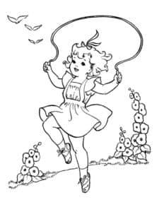 Девочка прыгает на скакалке