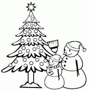 елка и снеговики