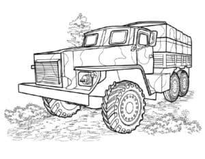 Военный грузовик в камуфляже