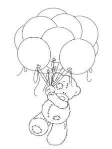 медвежонок летит на воздушных шарах