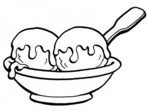 мороженное на тарелке