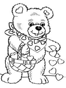 Медвежонок рассыпает сердечки