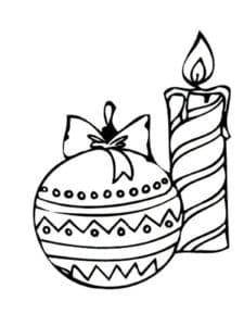 новогодний шар и свечка