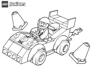 Гонщик в машине Лего