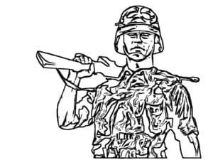 Солдат в красивом камуфляже