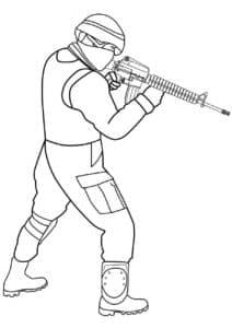 Солдат с автоматом М-16