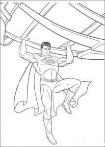 супермен держит палки раскраска