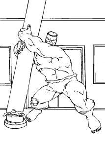 Силач отрывает столб