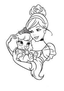Принцесса держит собачку