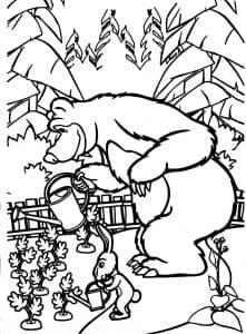 Мишка и заяц поливают морковку