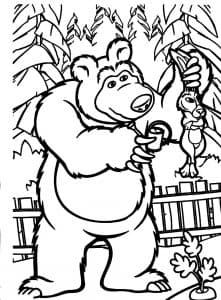 Медведь словил зайку