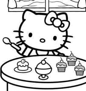 Хелло Китти лакомится десертом
