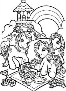 Пони на пикнике раскраска